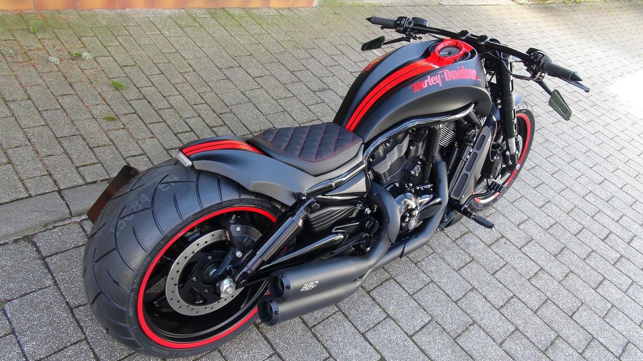 Harley Davidson V Rod Cutout